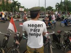 """""""Kasihanilah Rakyat dan Bangsamu!"""""""